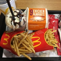 Photo taken at McDonald's by Chompoo on 8/15/2016
