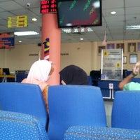 Photo taken at Jabatan Pendaftaran Negara Negeri Perak by Syahirah M. on 10/14/2013