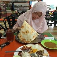 Photo taken at Restoran Mirasaa by Nor Faisol H. on 11/7/2016