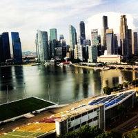 Photo taken at The Ritz-Carlton, Millenia Singapore by Raymon F. on 11/1/2012