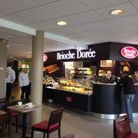 Photo taken at Brioche Dorée by Koen V. on 10/9/2015