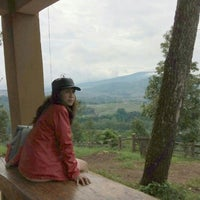 Photo taken at Arion Swissbel Hotel by Ibar I. on 4/16/2016