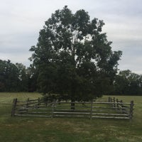 Photo taken at Princeton Battlefield State Park by Andrew R. on 9/28/2016