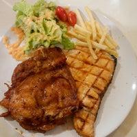 Photo taken at Big Bami and Steak by Sukullaya P. on 10/30/2016