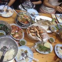 Photo taken at คนเมืองลพ ครัวเมืองลิง by Niasma P. on 5/16/2016