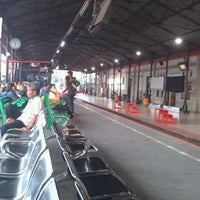 Photo taken at Stasiun Jatinegara by yosha r. on 3/12/2013
