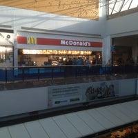 Photo taken at McDonald's by Leonardo L. on 3/17/2013