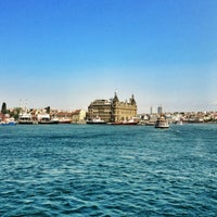Photo taken at Kadıköy - Beşiktaş / Adalar Vapur İskelesi by ALPER on 7/14/2013