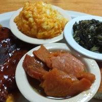 Photo taken at Stephanie's Homestyle Restaurant by Shonaka E. on 6/8/2013