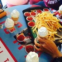 Photo taken at McDonald's by Fatin U. on 10/11/2016
