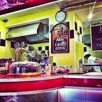 Photo taken at Beverly Hills Diner by Yaroslav R. on 4/6/2013