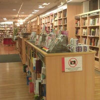 Photo taken at Foyles by Hans E. on 1/9/2013