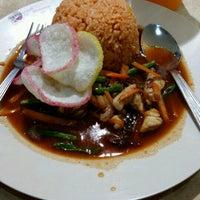 Photo taken at Restoran Arena (JUSCO Food Court) by nurezatysyazwani .. on 9/9/2016
