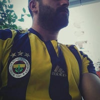 Photo taken at Kadıoğlu Baklava Dondurma by Yusuf Ö. on 10/18/2015