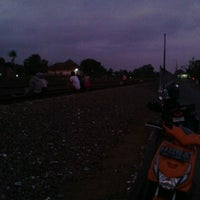 Photo taken at Stasiun Patukan by Wenang E. on 9/24/2013
