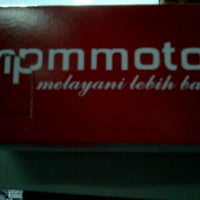 Photo taken at PT. Mitra Pinastika Mulia (MPM) HONDA by Navy N. on 6/27/2013
