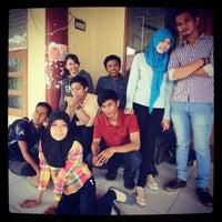 Photo taken at Fakultas Ekonomi Universitas Tadulako by Basri B. on 8/20/2014