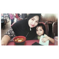Photo taken at Restoran Sri Mariana by Mustaffa B. on 1/9/2014