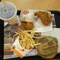 Photo taken at Burger King by Dian C. on 5/28/2016