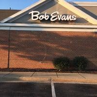 Photo taken at Bob Evans Restaurant by Jay C. on 8/7/2016