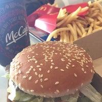 Photo taken at McDonald's by Motoya J. on 2/27/2016