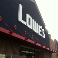 Photo taken at Lowe's Home Improvement by Wesley S. on 12/16/2012