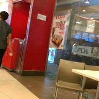 Photo taken at KFC by Nessie B. on 2/9/2016
