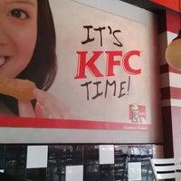 Photo taken at KFC by Sentos T. on 9/10/2014