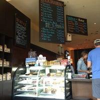 Photo taken at Lola Savannah Coffee Lounge by Dandi N. on 7/22/2013