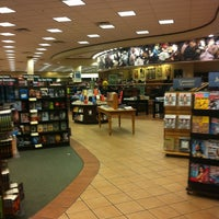 Photo taken at Barnes & Noble by Yang K. on 3/17/2012