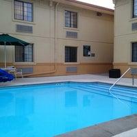 Photo taken at La Quinta Inn Champaign by Michael P. on 8/17/2013