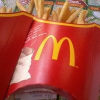 Photo taken at McDonald's by Renata O. on 9/22/2012