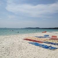Photo taken at Sai Kaew Beach by Nil L. on 11/6/2012