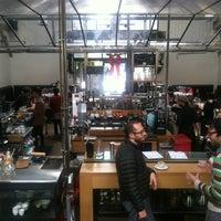 Photo taken at Intelligentsia Coffee & Tea by Den T. on 12/24/2012