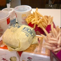 Photo taken at McDonald's by Mardiana M. on 11/13/2012