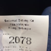 Photo taken at Post Office Klang by Rmkrc K. on 1/10/2014