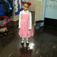 Das Foto wurde bei Manhattan School For Children von MayHem am 1/4/2013 aufgenommen