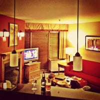 Photo taken at Marriott Mont Tremblant by Simon d. on 11/3/2012