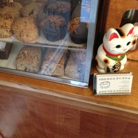 Photo taken at Cafe Grumpy by Alan Z. on 10/16/2012