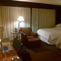 Photo taken at Sheraton Ottawa Hotel by Victor-Amarin P. on 7/28/2013