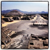 Photo taken at Zona Arqueológica de Teotihuacán by Ulises C. on 3/26/2013