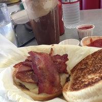 Photo taken at Jeffrey's Hamburgers by Jenna on 1/31/2013