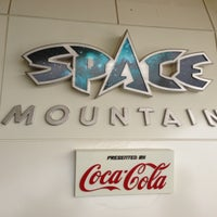 Photo taken at Space Mountain by JKお散歩ダメよ〜、ダメダメ on 5/29/2013