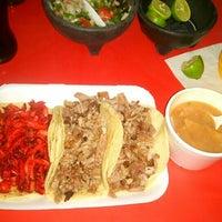 Photo taken at Super Tacos Pirata Saul by Gilberto G. on 6/14/2016