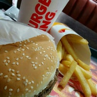 Photo taken at Burger King by Tophe V. on 3/31/2016