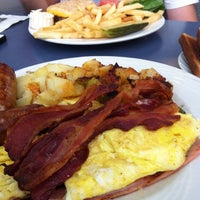 Photo taken at Village Diner by Cristian on 10/28/2013