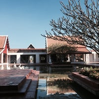 Photo taken at Sukhothai Heritage Resort by pyaa .. on 11/22/2016