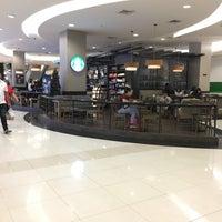 Photo taken at Starbucks by Nooch G. on 12/31/2016