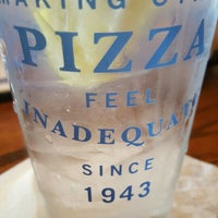 Photo taken at Uno Pizzeria & Grill - Southport by Dan W. on 5/30/2016
