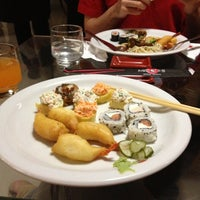 Photo taken at Miyoshi Cozinha Oriental by Rosane S. on 11/3/2012